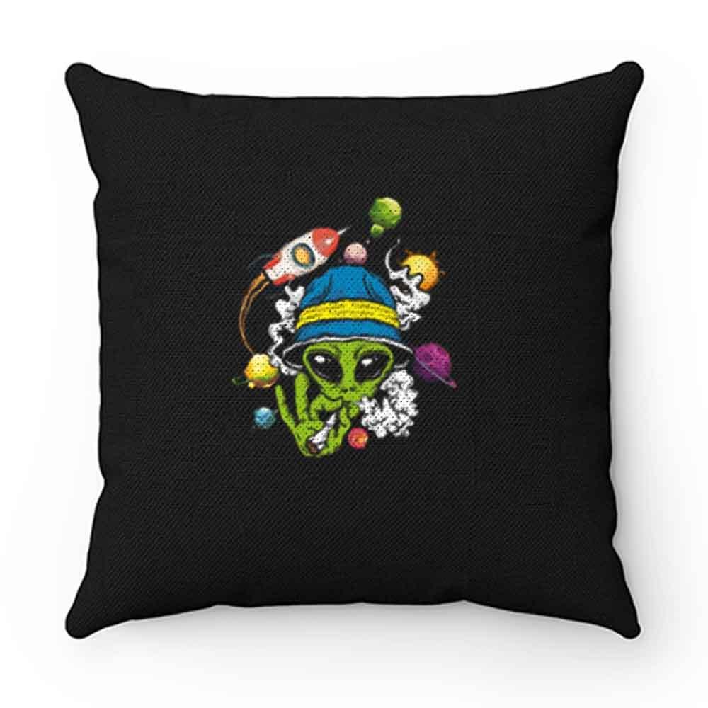 Alien Smooking Pillow Case Cover