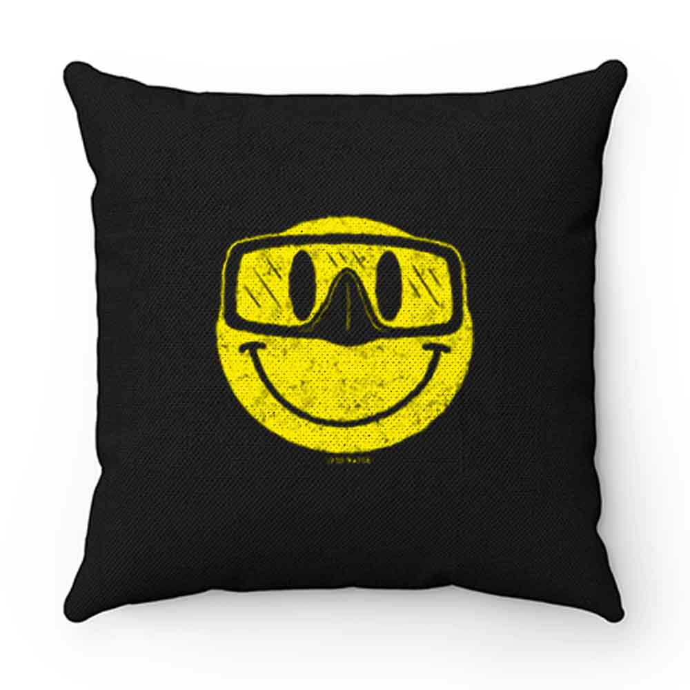 Diving Smiling Pillow Case Cover